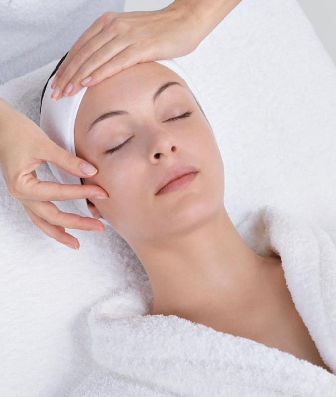 Limpeza de Pele Dermatologista Preço Montanhão - Limpeza de Pele com Peeling de Diamante
