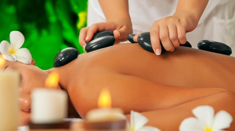Massagem com Pedras Quentes Valor Sitio Mato Dentro - Massagem Redutora